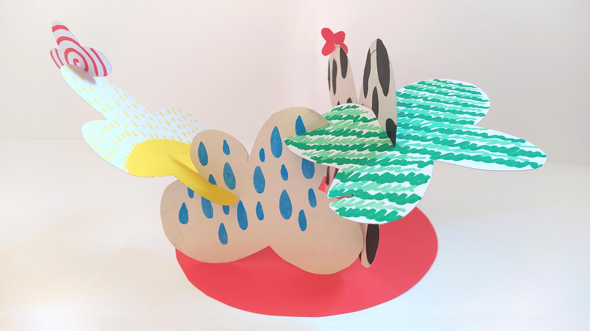 escultura con personajes abstractos en los cuentos